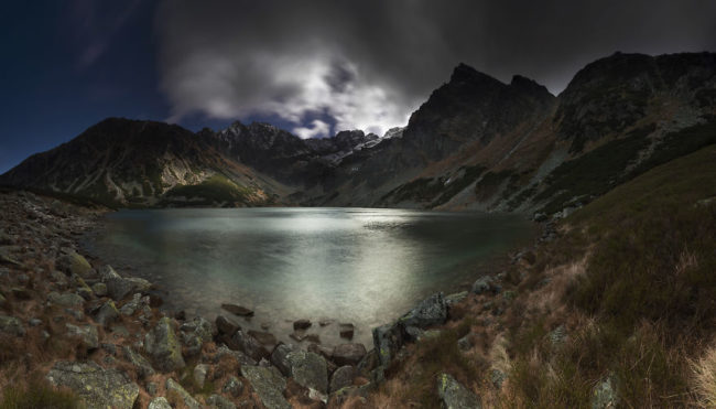 I-photograph-the-Tatras-the-highest-mountains-in-Poland.-See-what-I-did-there.-2__880