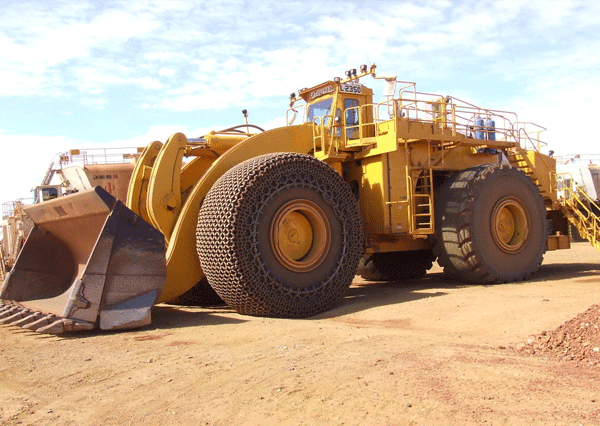 Бульдозер D575A-3 sd