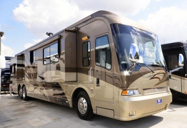 Country Coach Magna 630