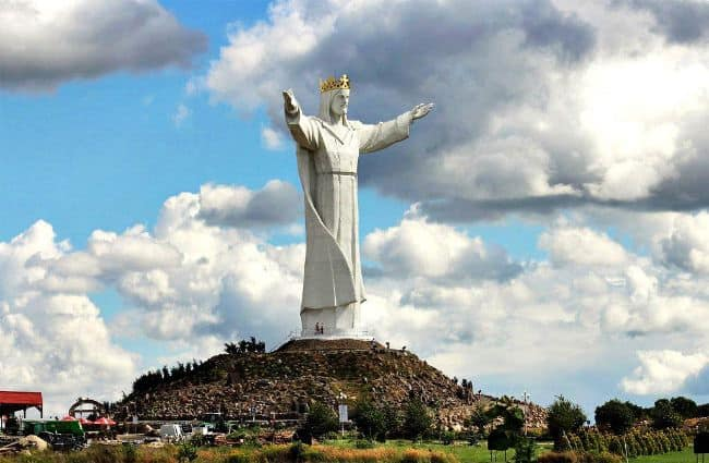 Самая большая статуя в мире. Фото, где находится, высота. Рейтинг Топ-10