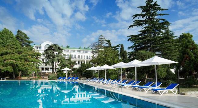 Riviera Sunrise Resort & SPA