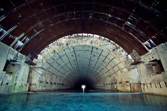 Убежище для подводных лодок в Павловске