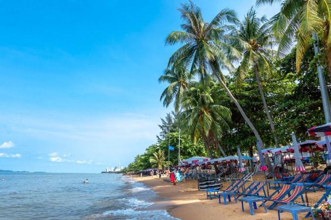 Какой пляж самый чистый в паттайе