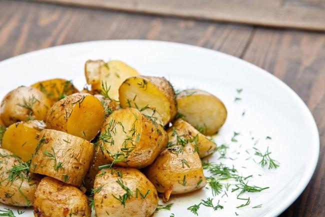 Обжаренный картофель на курином жире
