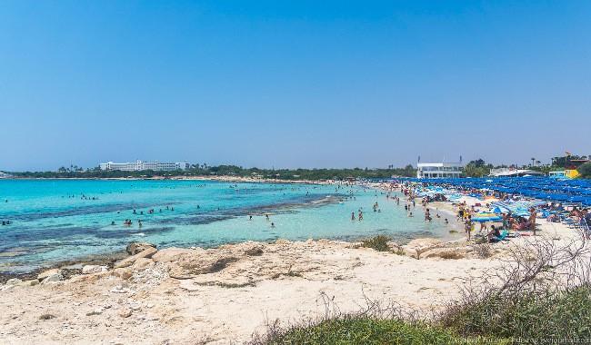Landa Beach пляж