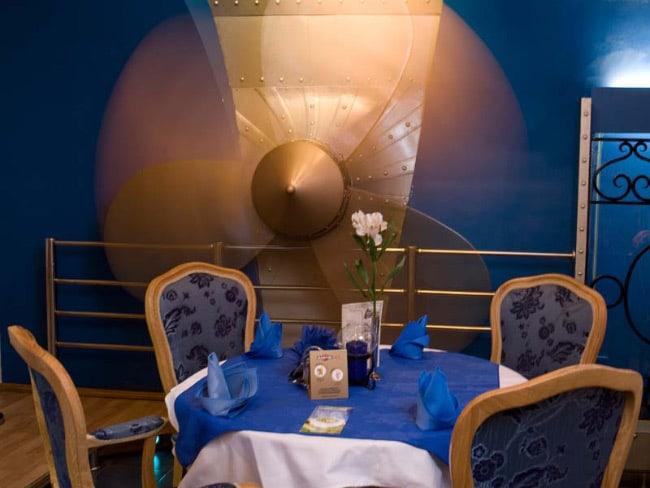 Титаник–2000 ресторан