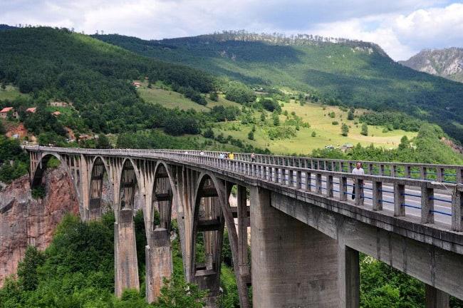 мост Джурджевича через каньон Тара