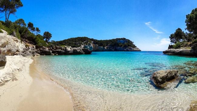 пляжи острова Менорки