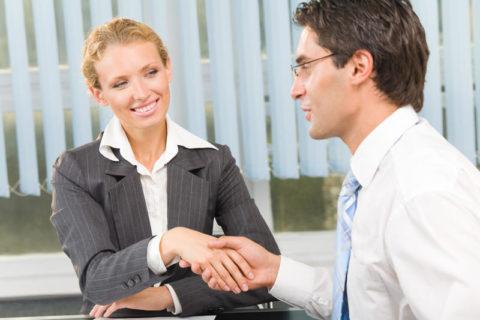 10 признаков того что ваш босс безумно влюблен в вас