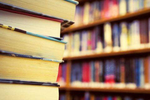 10 детских книг, которые были запрещены по очень нелепым причинам