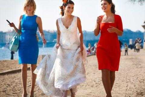 10 нарядов этого лета, которые идеально подойдут, если вас пригласили на свадьбу