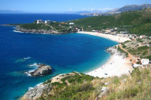 Топ 10 самых грязных морей на планете