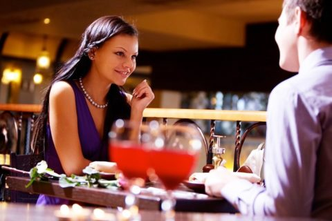 10 признаков того что девушка с вами только из-за денег