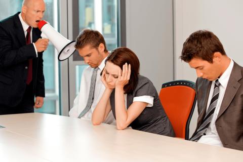 10 фраз, которые не следует говорить своим сотрудникам