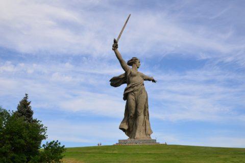 10 самых известных памятников России