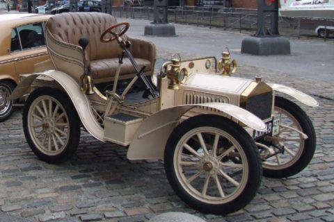 10 раритетных автомобилей, которые стали легендой