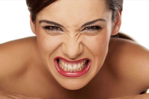 10 привычек, которые вредят вашей улыбке