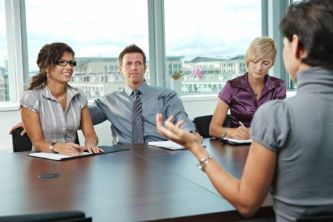 10 фраз, которые могут запросто поставить точку на вашей карьере