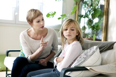 10 ужасных родительских фраз, которые давно пора запретить