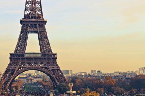 10 фактов об Эйфелевой башне