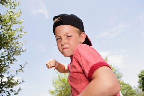 10 правил, о которых нужно рассказать ребенку, чтобы он мог за себя постоять