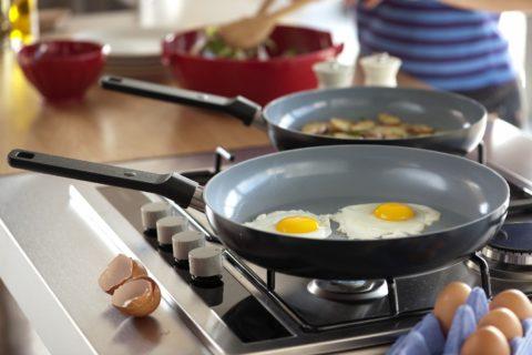 10 вредных привычек на кухне, о которых вы даже не подозревали