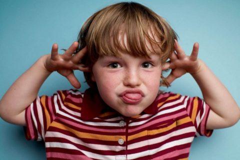 10 распространенных проблем поведения детей и пути их решения