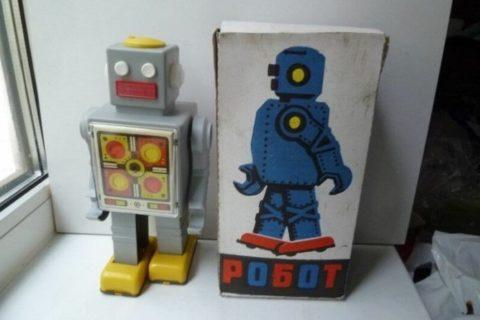 10 редких игрушек времен СССР, о которых мечтали все советские дети