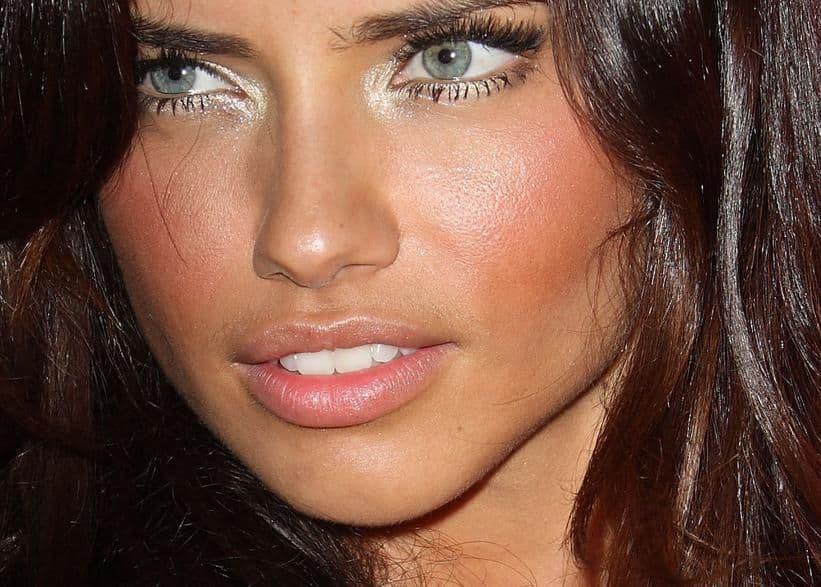 Волосы над губой у женщин и их сексуальность