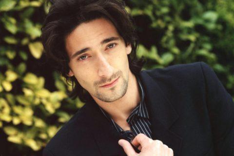10 очень обаятельных актеров – «не красавцев»