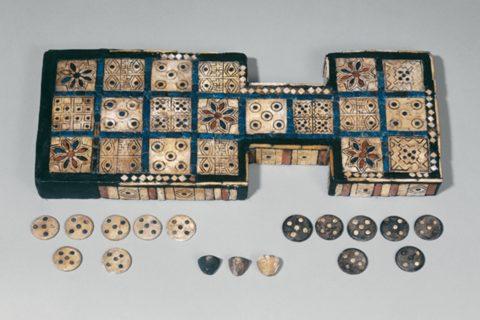 10 самых древних в истории настольных игр, в которые люди играют до сих пор