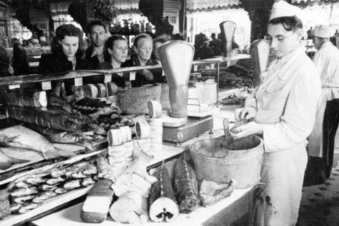10 профессий, открывавших двери к заработку и блату, о которых мечтали рядовые советские граждане