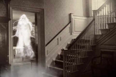 10 признаков того, что в вашем доме обитают призраки