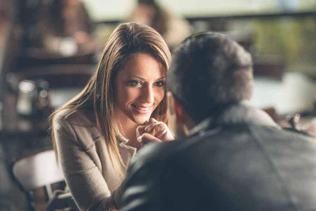 20 вопросов мужчине, после которых он будет думать о вас постоянно