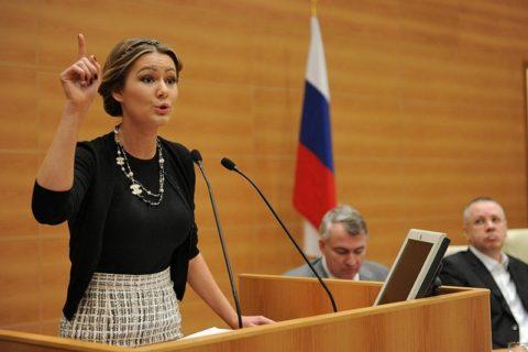 10 российских звезд, начавших политическую карьеру