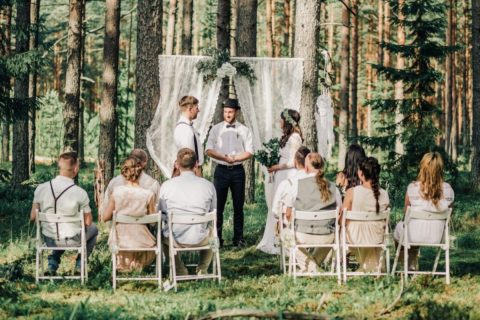 10 причин не устраивать большую и шумную свадьбу