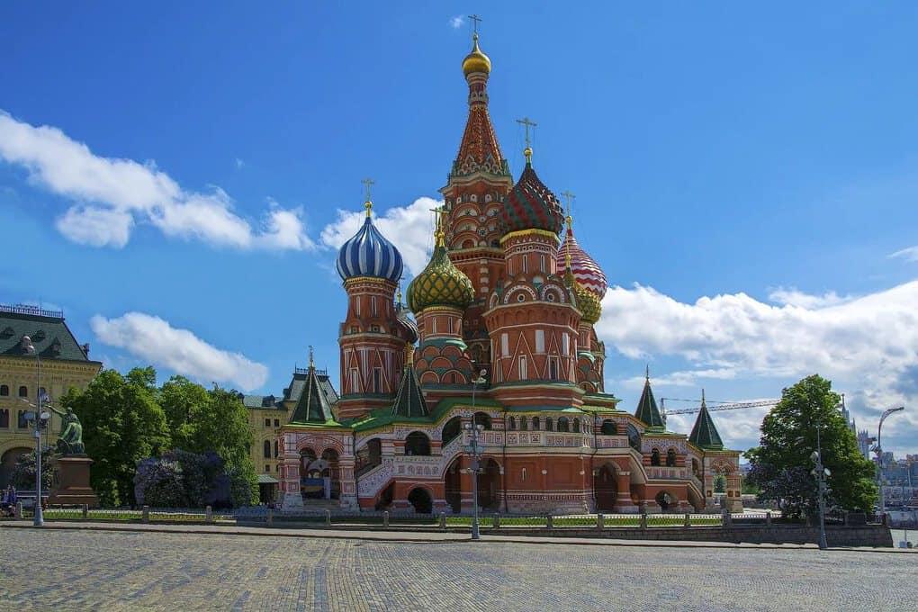 Знаменитые памятники архитектуры России