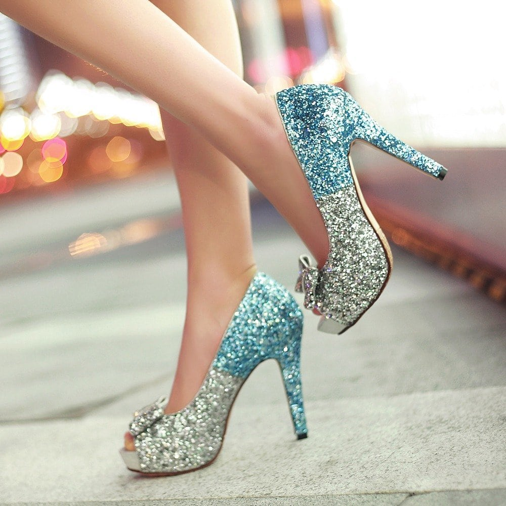 Туфли с большими каблуки картинки