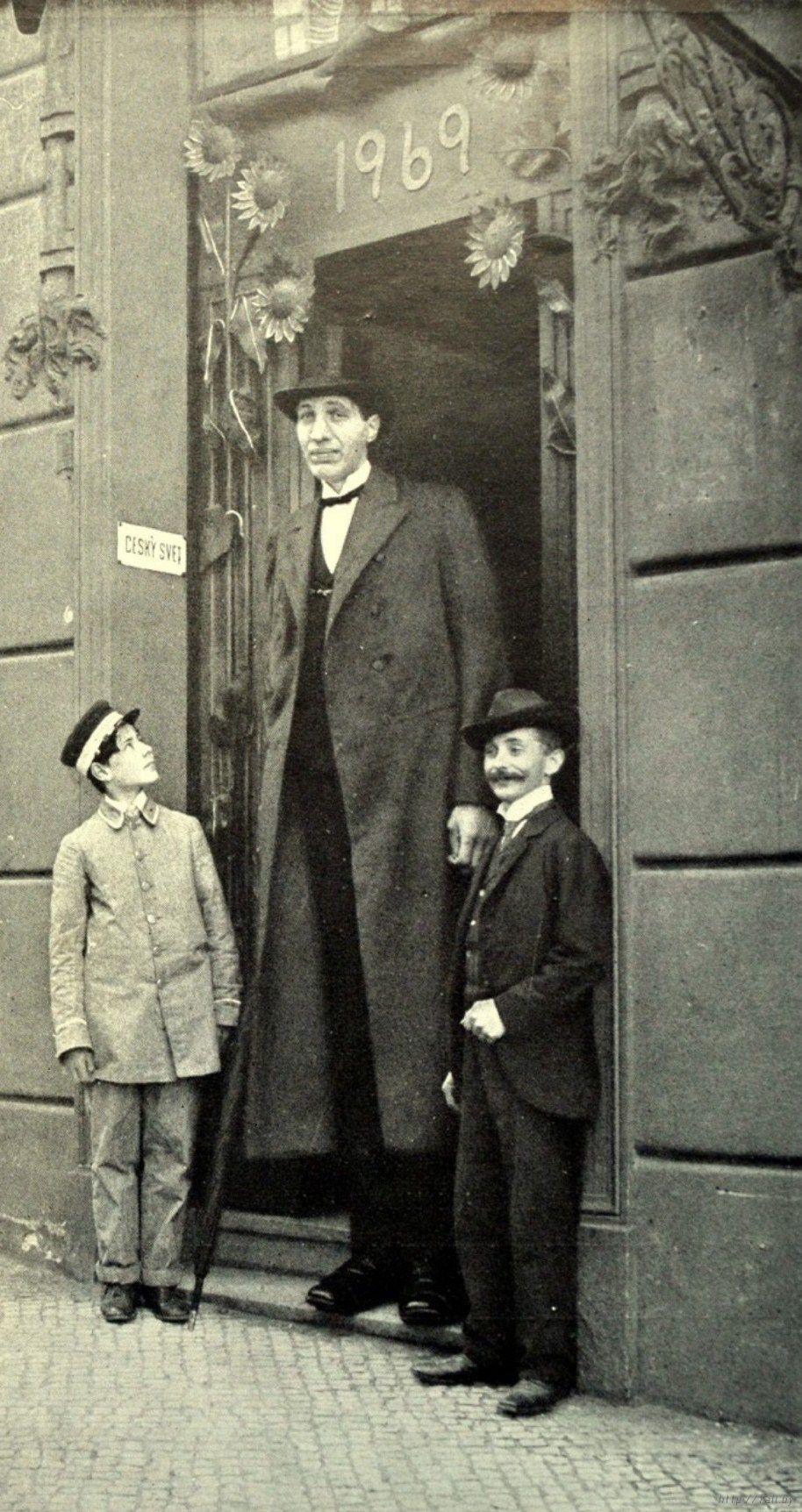 махно высокий человек фото можете