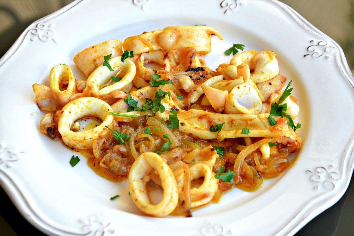 Вторые блюда из кальмаров рецепты с фото