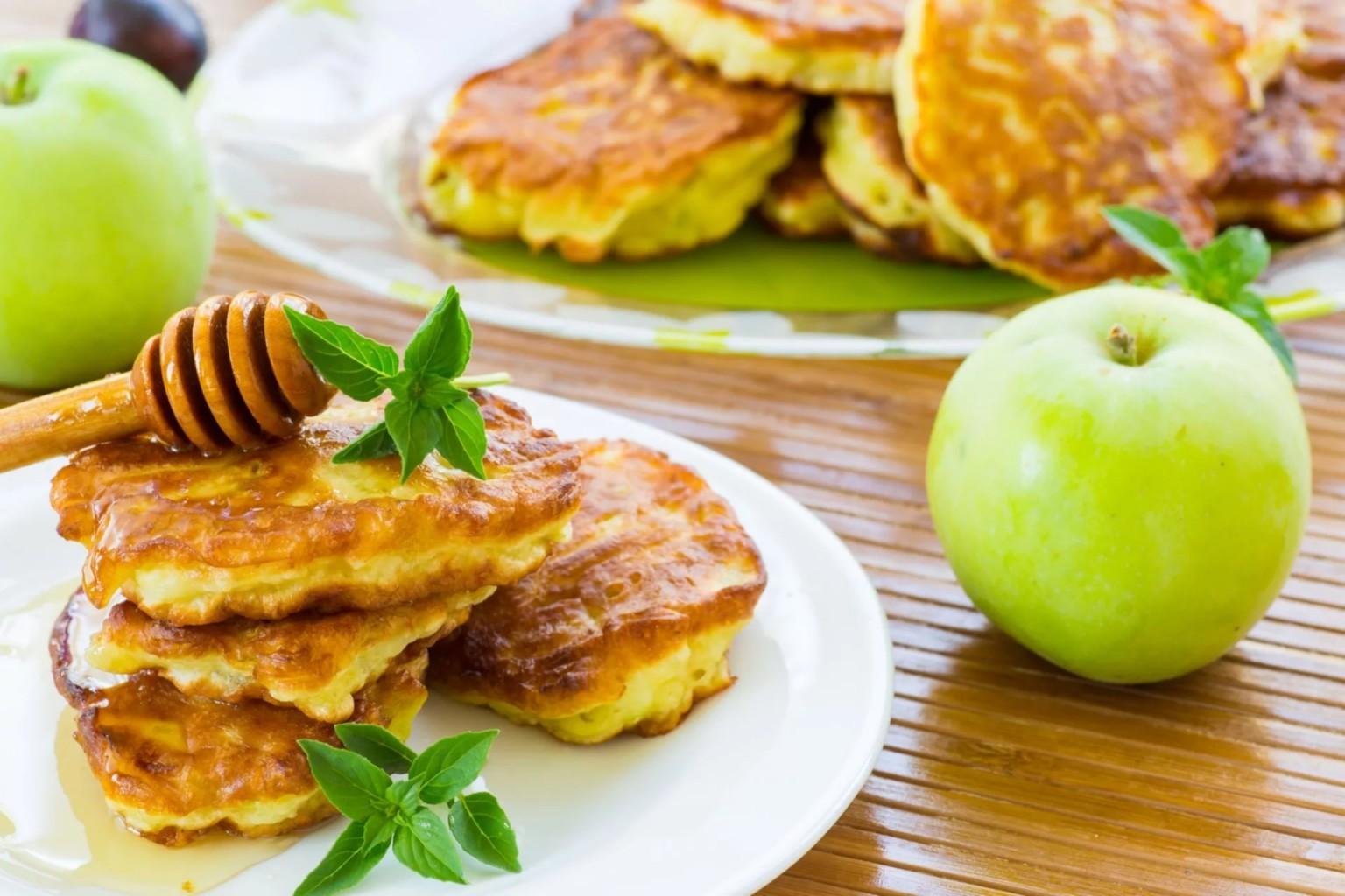 поражает яблочные оладьи рецепт с фото пошагово плату пласстмасовго компаундабелый