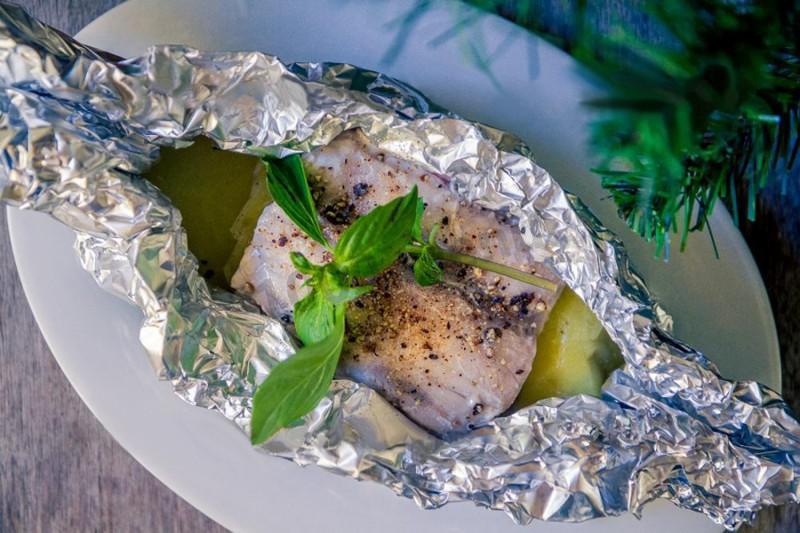 Судак в духовке с картошкой: 5 ярких блюд для вашего ужина